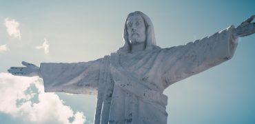 shaun king jesus statues
